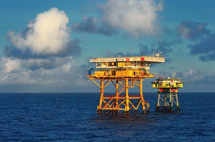 Biển Việt Nam đóng vai trò quan trọng trong nhiều lĩnh vực